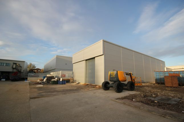 Thumbnail Warehouse to let in Unit 3, St. James Business Park, Henwood, Ashford