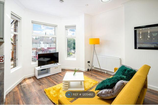 Thumbnail Maisonette to rent in Green Lanes, London