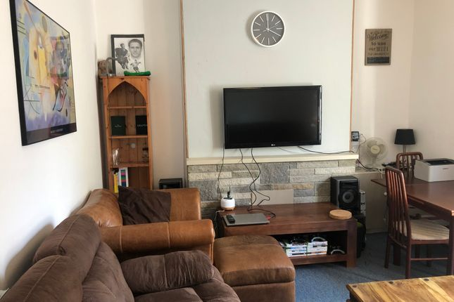 Thumbnail Shared accommodation to rent in Devonshire Street, Plymouth