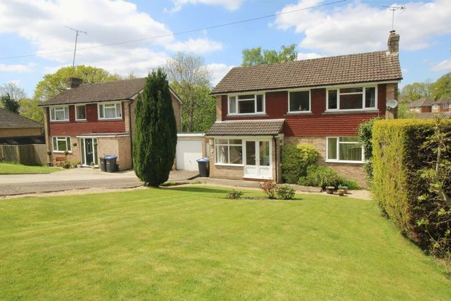 Thumbnail Detached house to rent in Milton Crescent, East Grinstead