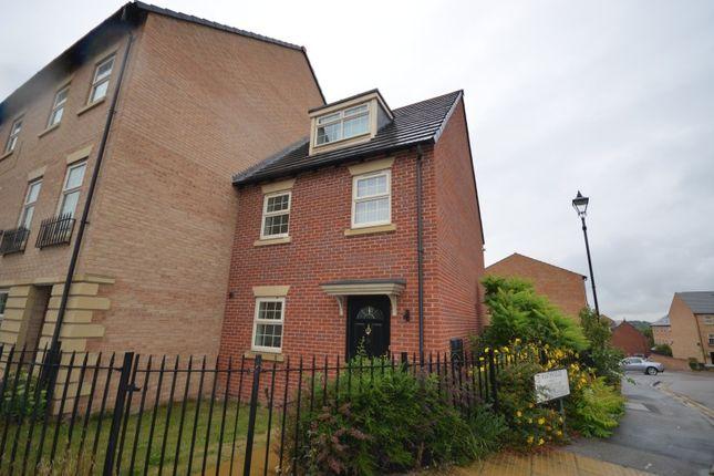 Thumbnail Town house to rent in Heathfields, Barnsley