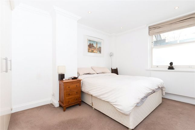 Picture No. 10 of Lancaster Road, Notting Hill, London W11