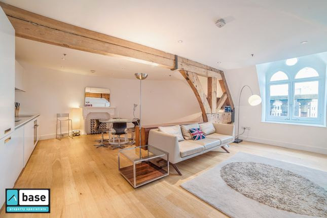 Thumbnail Flat to rent in St Pancras Chambers, Euston Road, St Pancras