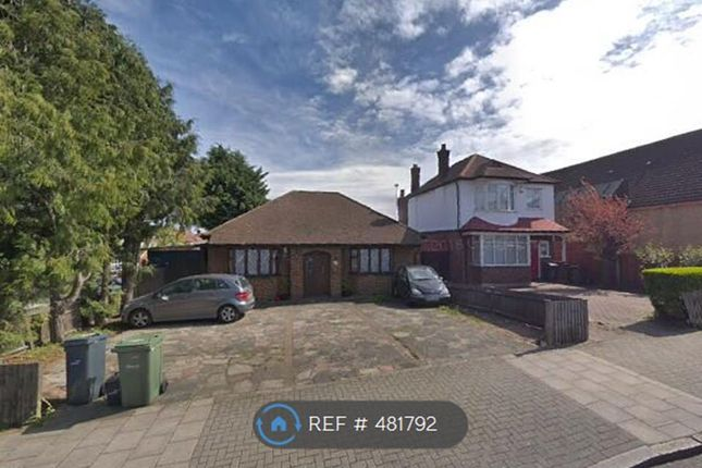 Thumbnail Bungalow to rent in Woodvale Walk, London