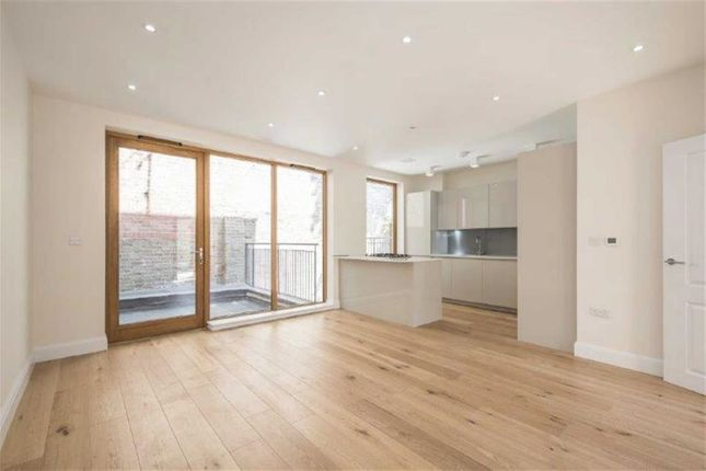 Thumbnail Property to rent in Meadow Road, London