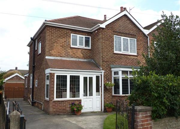 Thumbnail Semi-detached house to rent in Charles Avenue, Scartho, Grimsby