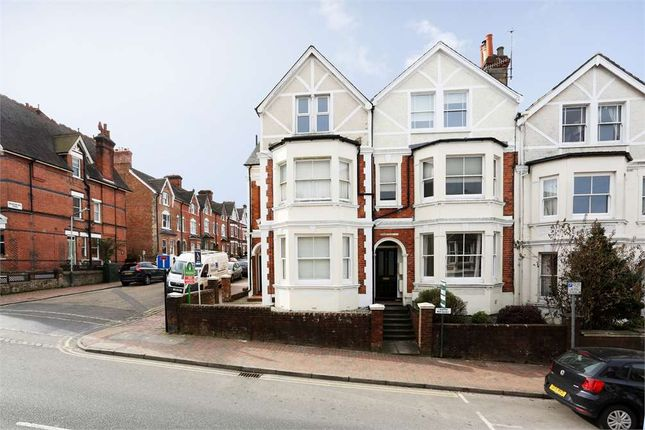 Thumbnail Flat for sale in Grove Hill Road, Tunbridge Wells, Kent