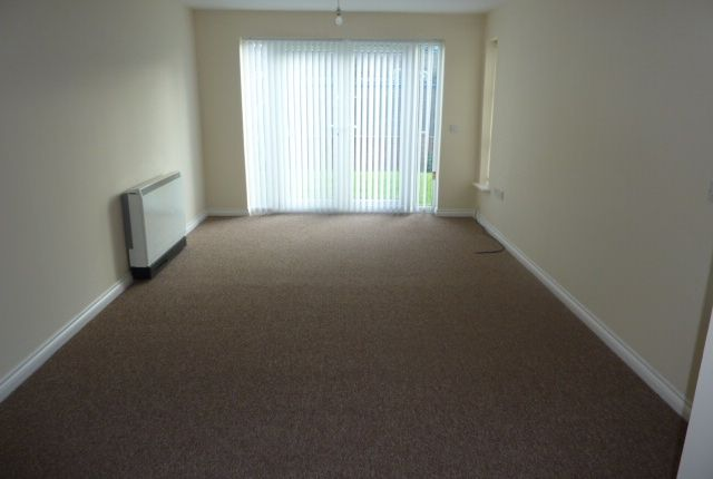 Thumbnail Flat to rent in Bittern Close, Dunston, Gateshead