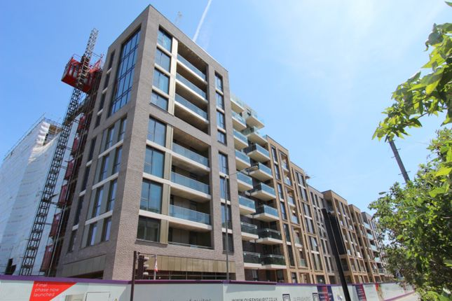 Thumbnail Flat for sale in Sury Basin, Kingston Upon Thames