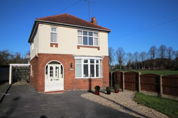 Thumbnail Detached house for sale in Ruthin Road, Mold