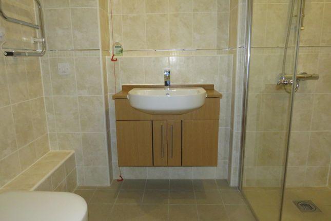 Bathroom of Carnarvon Road, Clacton-On-Sea CO15