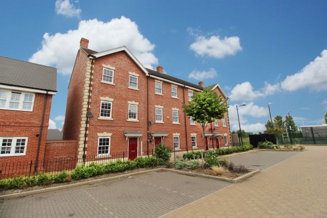 Thumbnail Town house for sale in Brooklands Avenue, Wixams