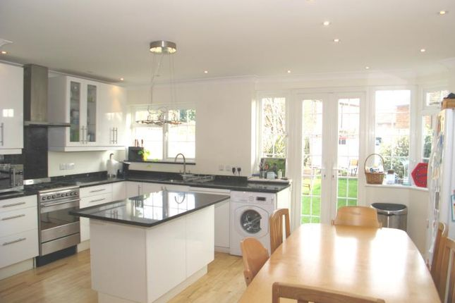 Thumbnail Property to rent in Lawrence Road, Ham, Richmond