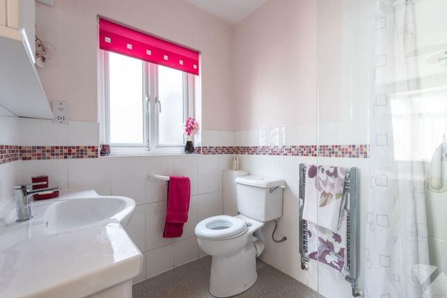 Bathroom Annex of Ferndale Avenue, Chertsey KT16