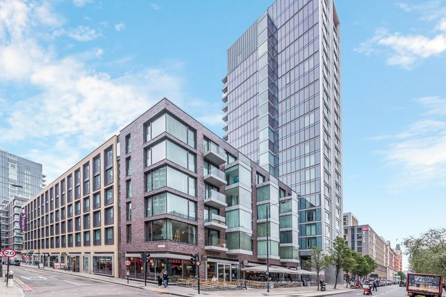 Thumbnail Flat to rent in Cassia House, Goodman's Fields, Aldgate