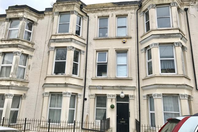 Thumbnail Flat for sale in Gordon Road, Cliftonville, Margate