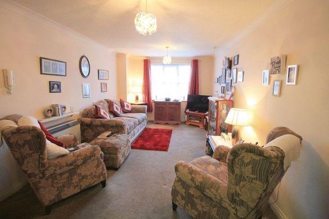 Living Room of Cromwell Lodge, Barking IG11