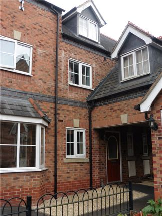 3 bed terraced house to rent in Hafan Deg, Welshpool, Powys SY21