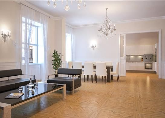 1 bed apartment for sale in Schellinggasse, First District, Vienna
