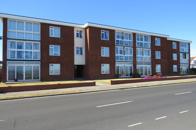 Thumbnail Flat for sale in Kings Parade, Holland-On-Sea, Clacton-On-Sea
