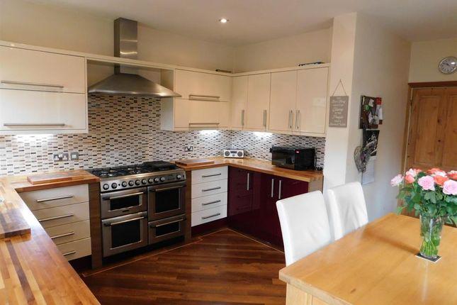 Detached house for sale in Park Avenue, Skegness, Lincolnshire