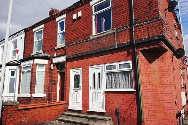 A larger local choice of properties to rent in Stockport