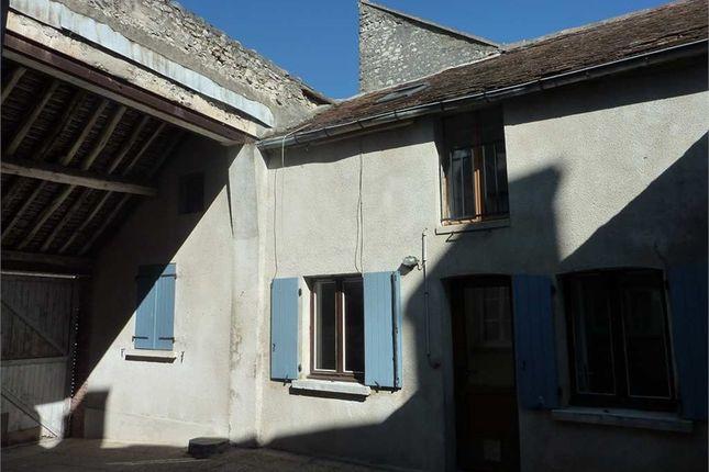 2 bed property for sale in Île-De-France, Seine-Et-Marne, Souppes Sur Loing