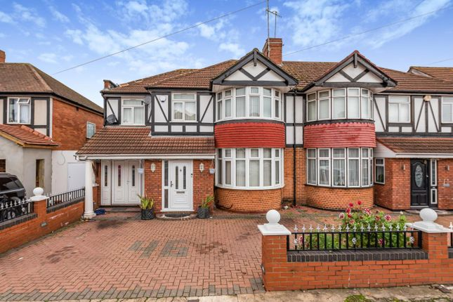Thumbnail Semi-detached house for sale in Delamere Road, Hayes
