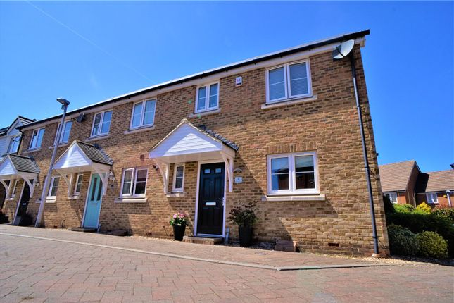 Thumbnail End terrace house for sale in Weymouth Road, Wainscott, Rochester