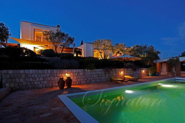 Thumbnail Property for sale in Carvoeiro, Lagoa, Algarve, Portugal