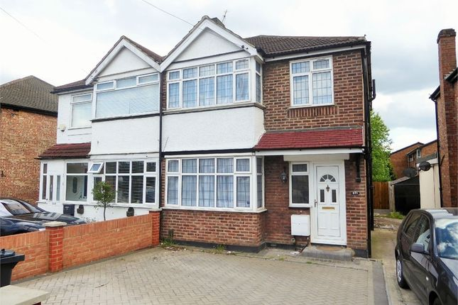 3 bed semi-detached house to rent in Bilton Road, Perivale, Greenford, Greater London