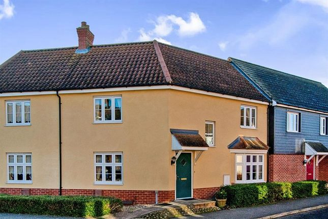 Thumbnail Property to rent in Juniper Road, Bury St. Edmunds