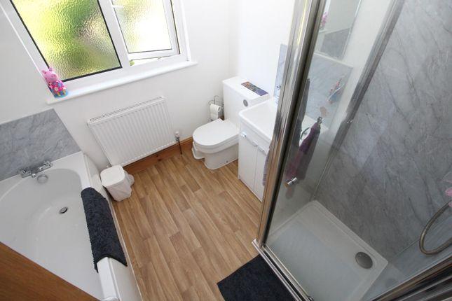 Bathroom of Belmont Road, Tiverton EX16