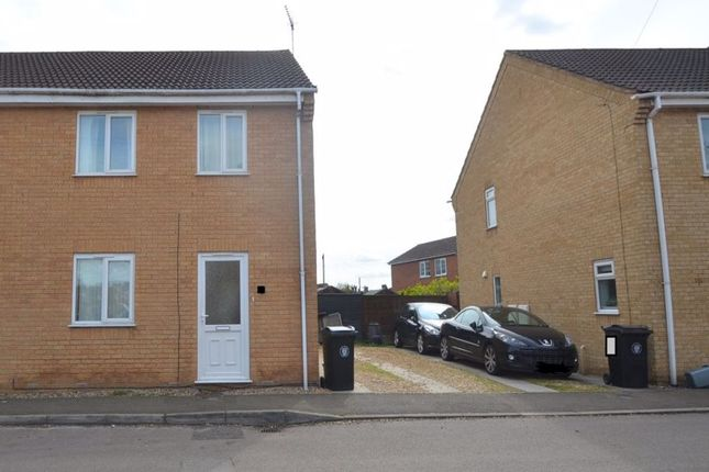Thumbnail Property to rent in Eastgate, Bourne