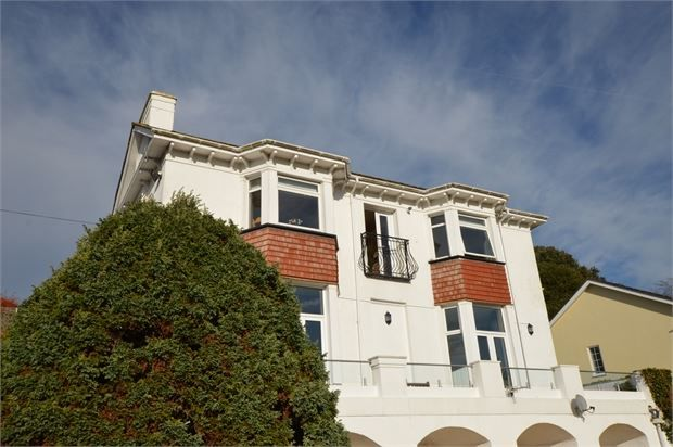 Thumbnail Flat for sale in Seymour Road, Knowles Hill, Newton Abbot, Devon.