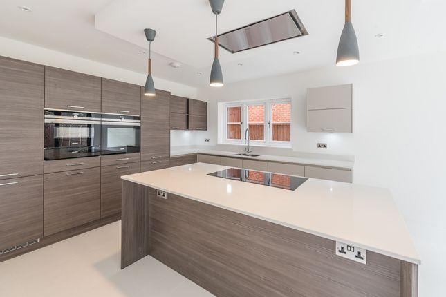 Kitchen of Hightown Place, Banbury OX16