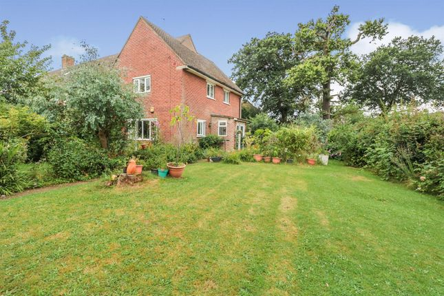 Thumbnail End terrace house for sale in Hedge Hill, Enfield