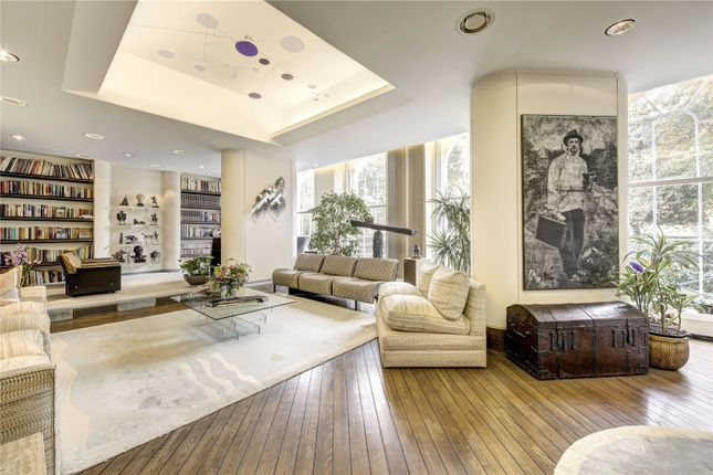 Thumbnail Flat for sale in York Terrace West, London