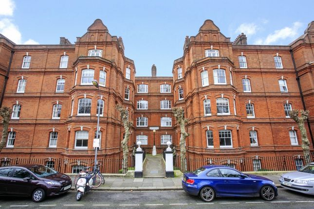 Flat to rent in Newton Mansions, Queen's Club Gardens, West Kensington