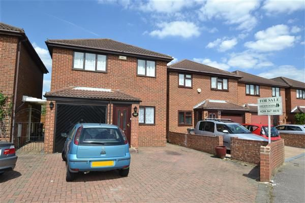 Thumbnail Detached house for sale in River View, Peninsular Close, Bedfont