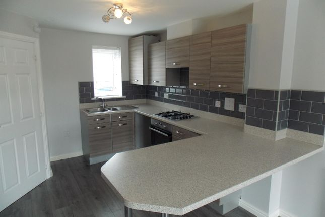 3 bed semi-detached house to rent in Hunters Place, Guisborough TS14