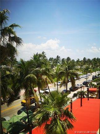 1390 Ocean Dr, Miami Beach, Florida, United States Of America