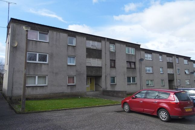Thumbnail Flat to rent in Irving Court, Camelon