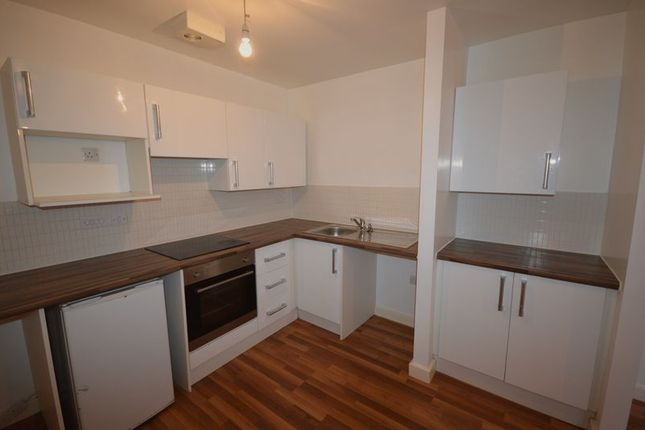 Thumbnail Flat to rent in Erskine Street, Leicester