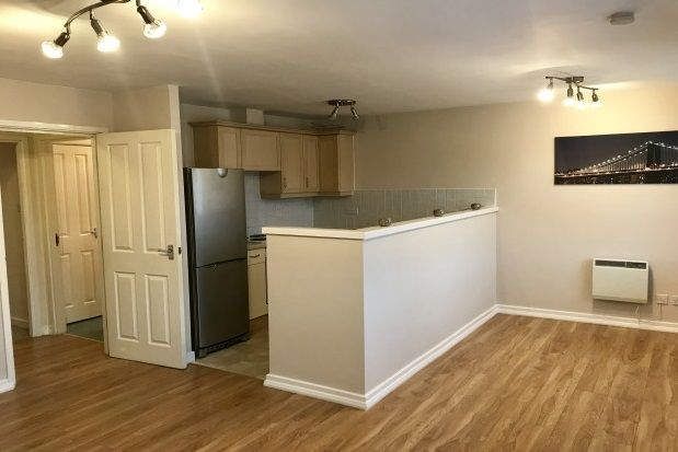 2 bed flat to rent in Bankfield Street, Blackley