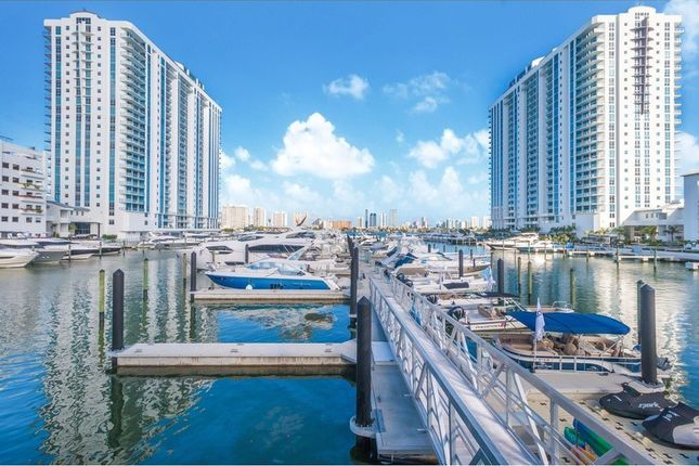 Thumbnail Apartment for sale in 17301 Biscayne Blvd, Aventura, Fl 33160, Usa