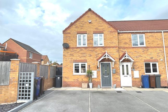 Thumbnail Town house for sale in Thornham Meadows, Goldthorpe, Rotherham