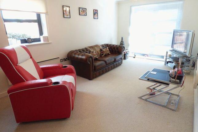 Thumbnail Flat for sale in Thornhill Park, Sunderland