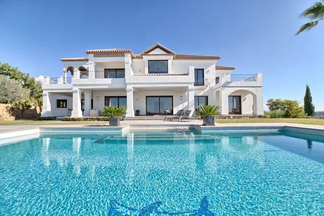 Thumbnail Villa for sale in Los Flamingos Golf, Benahavís, Málaga, Andalusia, Spain