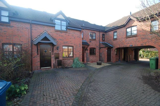 2 bed property to rent in Pellfield Court, Weston